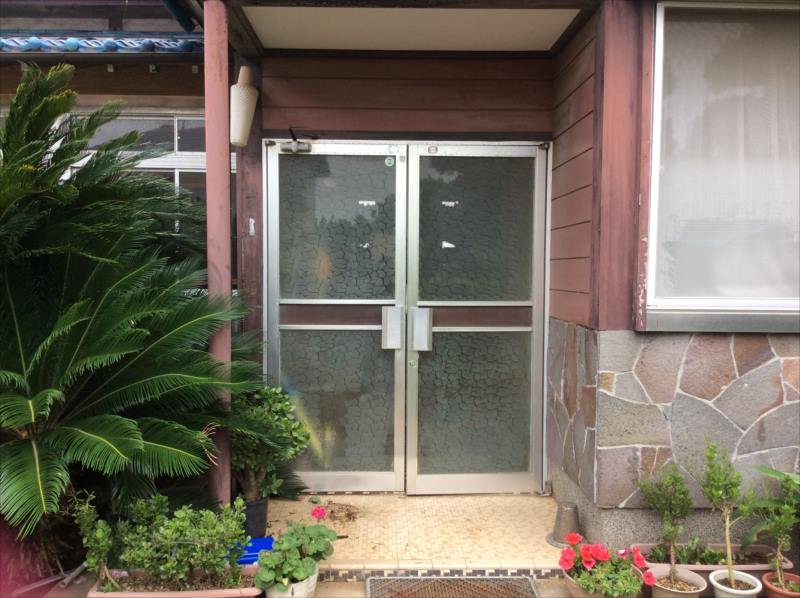 施工前の玄関